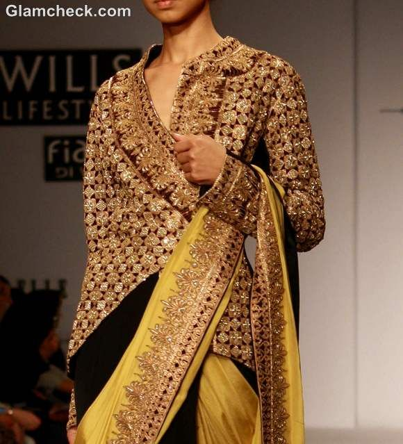 wearing-Jacket-with-traditional-Sari-indian-style.jpg (580×639)