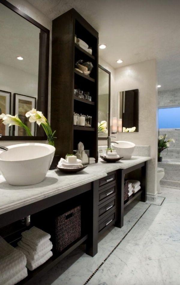 Waschbeckenschrank Aus Holz Elegantes Mobelstuck Im Bad Badideen