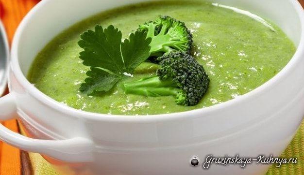 Вкусный и простой в приготовлении рецепт аппетитного и ароматного супа с брокколи и сливками. Суп с брокколи и сливками Ингредиенты брокколи — 750 гр, сливочное масло — 20 гр, сливки &#…