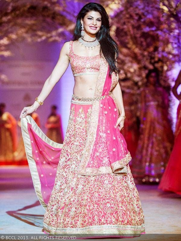 Dec, 13: Jacqueline Fernandez for JONA by http://www.JyotsnaTiwari.com/ @ 'Aamby Valley India Bridal Fashion Week 2013'