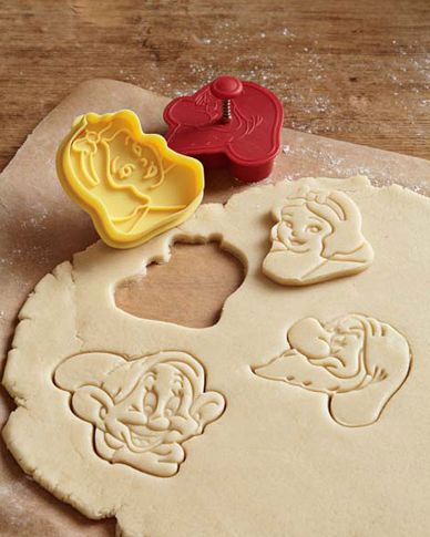 Snow White cookie cutters. I NEED these.