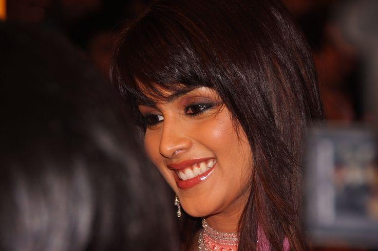 Actress Genelia Desouza Bollywood Wallpapers HD Wallpapers HS