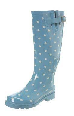 Google Image Result for http://www.shoeperwoman.com/wp-content/uploads/2010/09/polka-dot-wellies.jpg