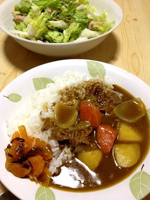 母がもらってきたカレーライスです白菜サラダはツナが入ってます - 11件のもぐもぐ - カレーライスと白菜サラダ by hisayan