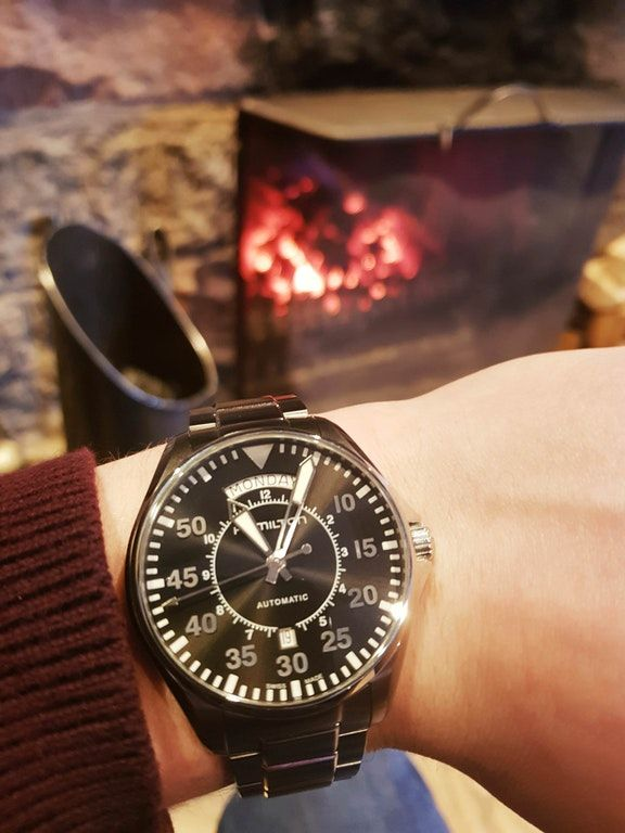 https://www.reddit.com/r/Watches/comments/85insv/hamilton_new_watch_today_for_my_21st/