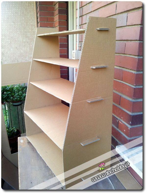 Oltre 25 fantastiche idee su oggetti riciclati su - Costruire mobili in cartone ...