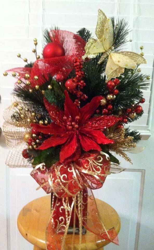 17 best images about cemetery vases on pinterest red for Xmas arrangement ideas