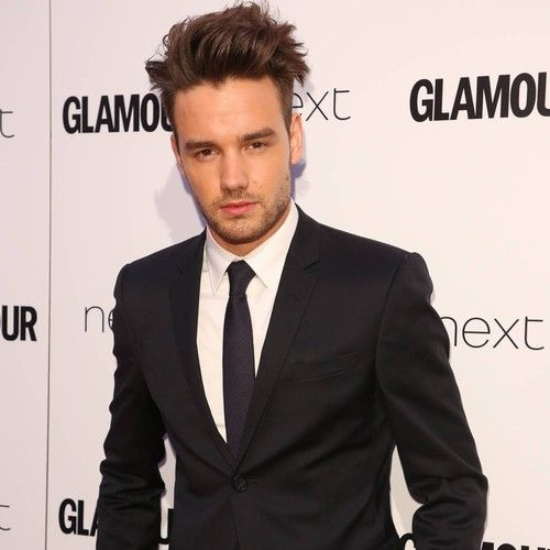 """Liam Payne 'honoured' to have met Queen Elizabeth II and Prince Harry https://tmbw.news/liam-payne-honoured-to-have-met-queen-elizabeth-ii-and-prince-harry  Liam Payne was """"honoured"""" to meet Britain's Queen Elizabeth II as part of the 2017 Queen's Young Leaders Awards at Buckingham Palace on Thursday (29Jun17).The 23-year-old singer visited the monarch's home in London as part of the annual ceremony, which recognises and honours inspirational young people from across the…"""