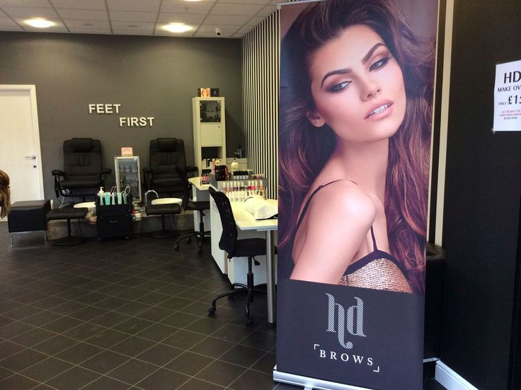 """A Manchester salon is going viral after a former employee hijacked the Facebook account and told customers to 'piss off' - An eyebrow salon in Bury near Manchester is going viral for all the wrong reasons after a disgruntled former employee hijacked its Facebook page.  Eyes 'N' Brows Bury has been inundated with awful but allegedly fake reviews for its """"disgusting, mannerless, and foul language"""" and for its lacklustre pedicures and manicures.  We first noticed the salon after Twitter user…"""
