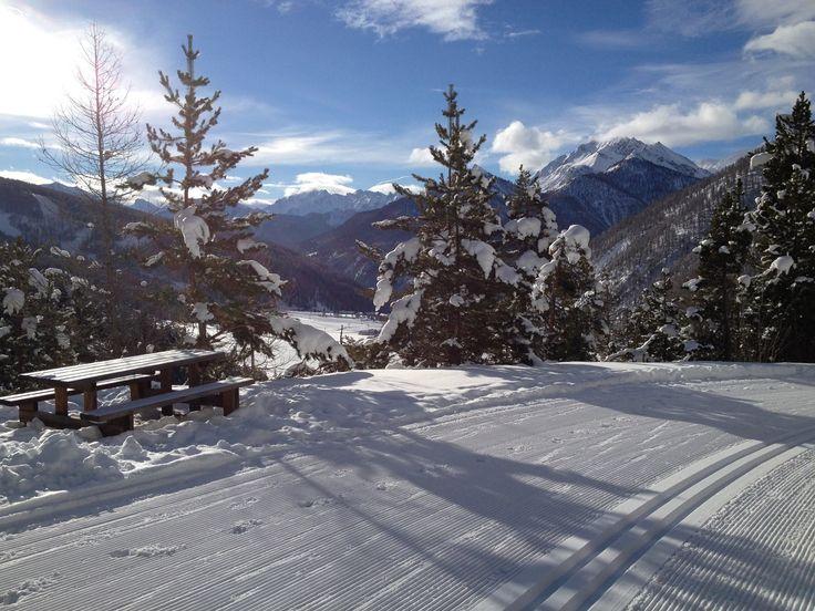 Cosa farete nel week-end? Nel Parco del Queyras, nelle Alpi francesi, si approfitta del sole e della neve fresca #segretodacondividere #viaggi #Francia #Alpi