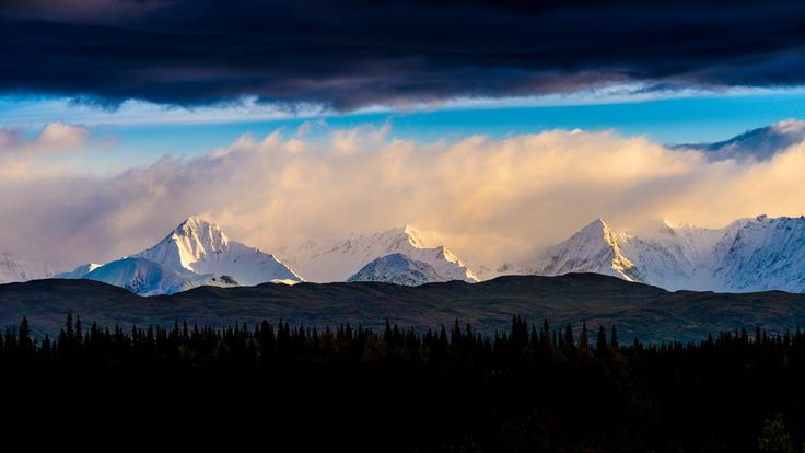 Cantwell Glacier Peaks by Tom Stoncel on 500px