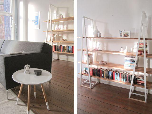 Boekenkast Op hoge Poten.  Deze unieke boekenkast is ook te gebruiken als functionele scheidingswand.