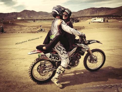 Moto Croos  Cafe Racer