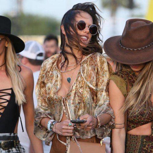#Coachella2016: i look più belli delle dive, tra boho chic e citazioni hippie