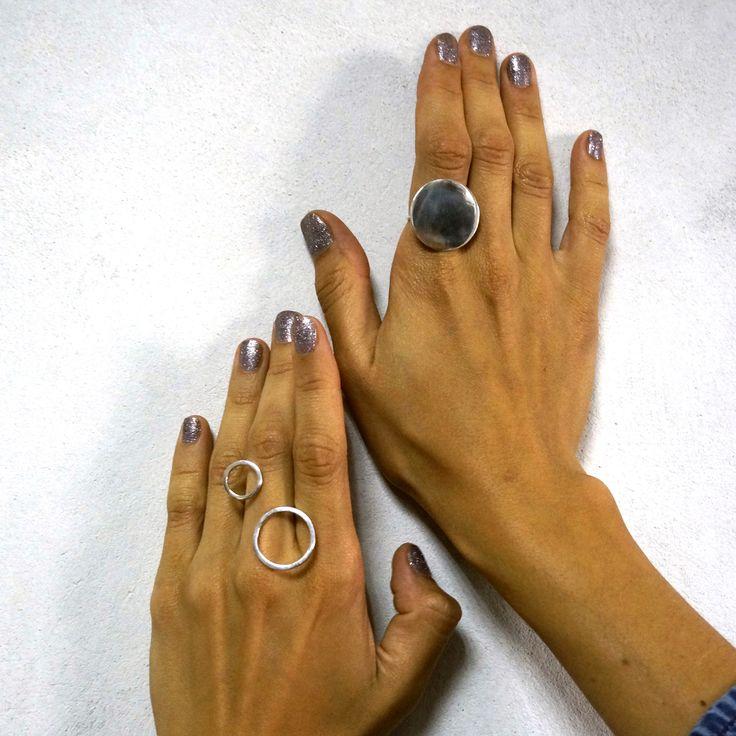 Надеюсь все хорошо отдохнули в выходные, эти кольца из серебра 925 пробы всегда доступны к заказу #ювелирные #драгоценности #украшения #украшение #ювелир #ювелирныеукрашения #ювелирныеизделия #ювелирнаябижутерия #бриллианты #бриллиант #камень #камни #кристаллы #кристалл #блеск #золото #золотая #золотой #серебро #красота #прекрасно #красиво #стиль #инстаукрашения #инстаграманет #инстатаг