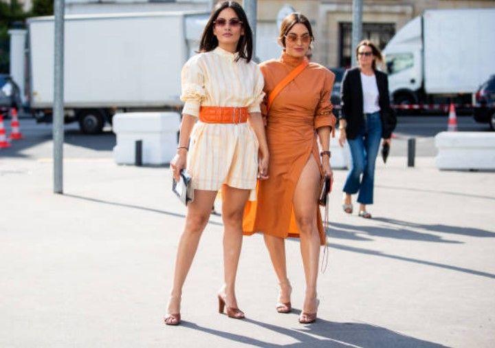 Minyon Tipli Kadinlar Icin Elbise Modelleri 2019 2020 Moda Haftalari Moda Stilleri Moda