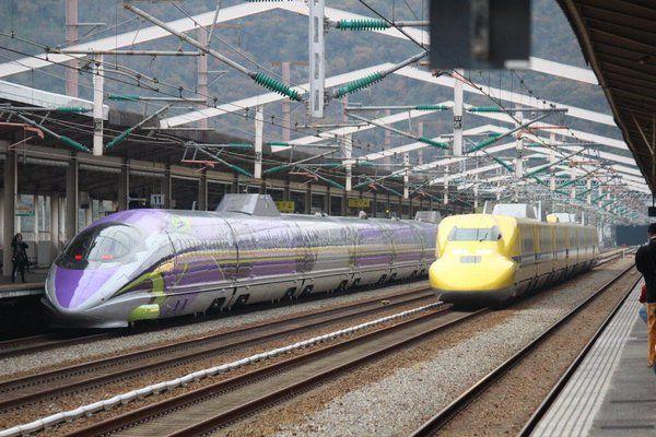 エバンゲリオン新幹線 ドクターイエロー JR西日本 Shinkansen 500 Shinkansen bullet train