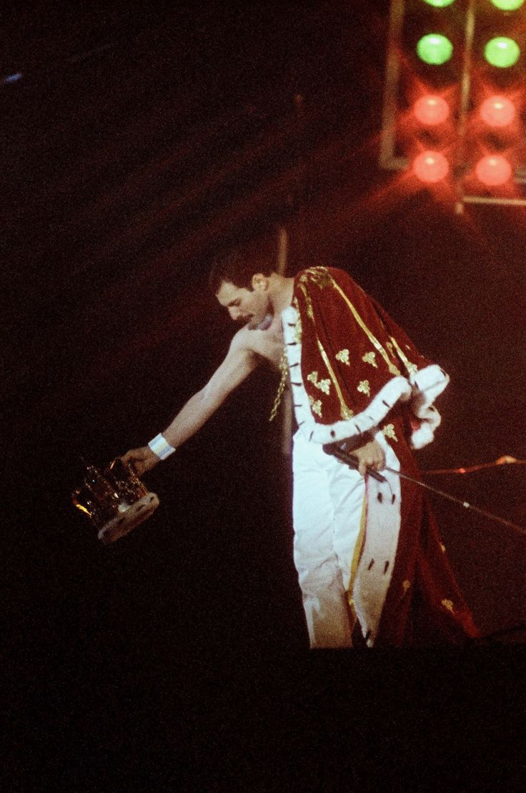 Queen ~ Freddie Mercury                                                                                                                                                                                 More
