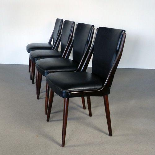 Dining chairs 60's    Set van 4 vintage eetkamer stoelen uit de jaren 60. Ondanks de leeftijd verkeren de stoelen in uitstekende conditie en ze zitten fantastisch...ook dat is mooi meegenomen!