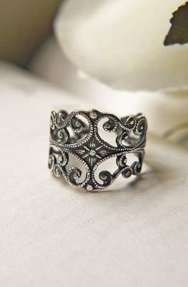 Victorian Gothic Antique Silver Filigree Ring