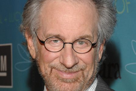 Steven Spielberg To Direct Sci-Fi Cult Favorite 'Ready Player One'; Back At Warner Bros http://deadline.com/2015/03/ready-player-one-movie-steven-spielberg-ernest-cline-warner-bros-1201398299/