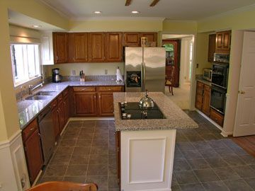 Kitchen Island Cooktop Pictures | Kitchen With Granite Counters Island With  Cooktop Double Oven Recessed .