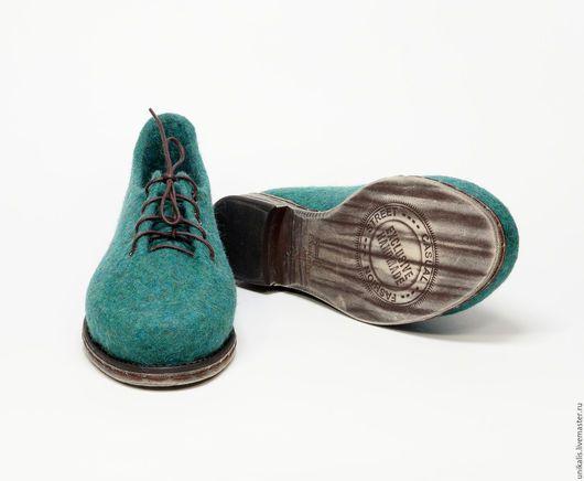 """Обувь ручной работы. Ярмарка Мастеров - ручная работа. Купить Комплект туфельки и сумка  """"Изумрудное побережье"""". Handmade. Морская волна"""