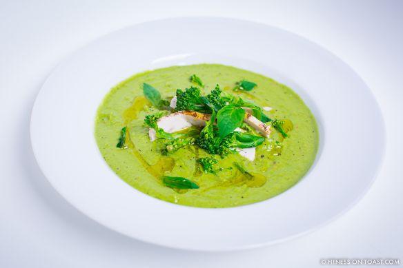 Fitness On Toast Faya Blog Girl Fashion Nutrition Health Gym Training Food Recipe Soup Avocado Chicken Broccoli Immune Boost Chilli
