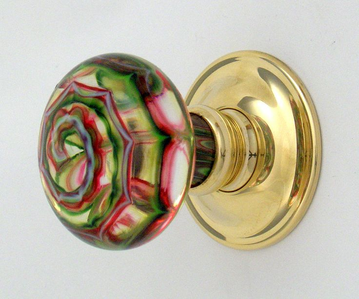 Artisan glass door knobs by Merlin Glass                                                                                                                                                                                 More