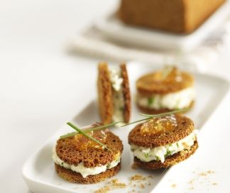 Macaron van peperkoek en kruidenkaas | SPAR