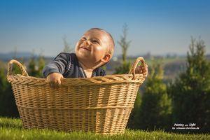 """Początki Baby Shower baby shower jest sposobem celebracji w oczekiwaniu na narodziny dziecka, dając prezenty dla matki oczekującej (lub rodziców razem) na imprezie. Wynika to głównie amerykański zwyczaj, chociaż matka w Wielkiej Brytanii i Europie często """"prysznic"""" z prezentami, to zw..."""