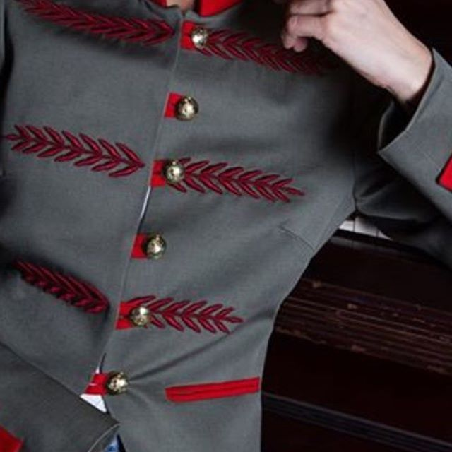 military chic jacket military womenwear by THE EXTREME COLLECTION  www.theextremecollection.com