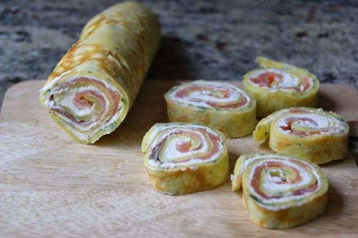 Rollitos de crepe de salmón y queso