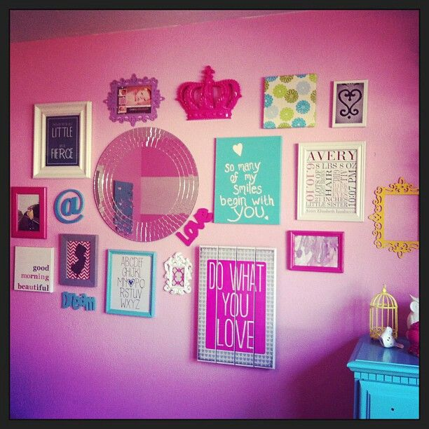 Cute gallery wall idea for the girls play room!