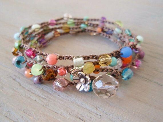 Crochet coloré wrap bracelet collier « Lil' arc-en-ciel Splash » Multi couleur, Thai en argent fleur, coloré quotidien minable boho chic