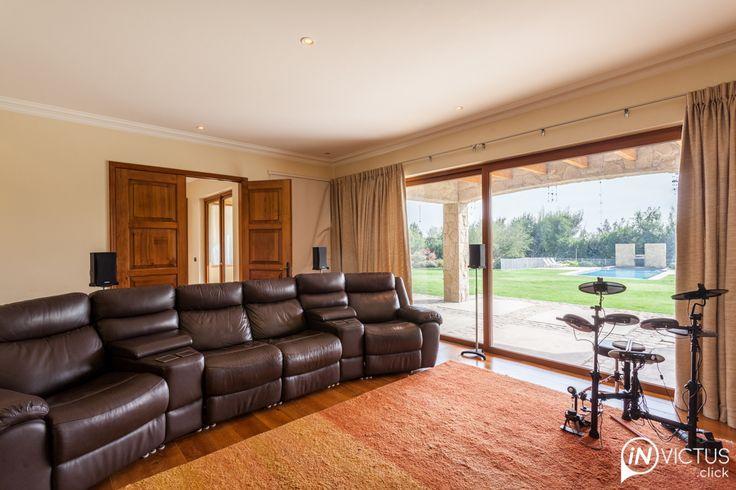 Una casa estilo provenzal en Club de Golf – Invictus