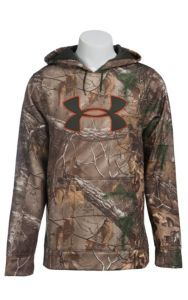 Under Armour Men's Realtree AP-XTRA Armour Fleece Camo Big Logo Hoodie | Cavender's