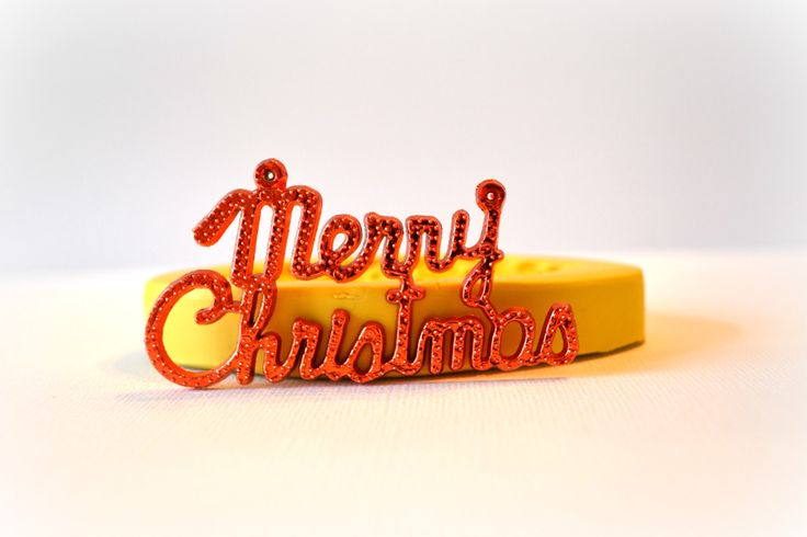 1037 Merry Christmas Quote in Cursive Silicone Rubber Flexible Food Safe Mold Mould- resin, clay, fondant, gum paste, candy, chocolate, soap by MasterMolds on Etsy https://www.etsy.com/listing/212904968/1037-merry-christmas-quote-in-cursive