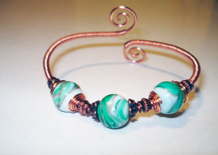 Copper Wire Bracelet with Ceramic Beads by IALINA