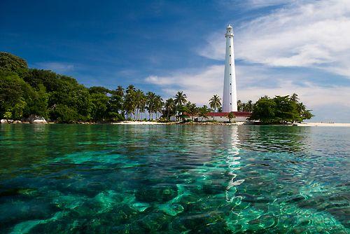 Lengkuas Island, Bangka Belitung, Indonesia. (by Richard Susanto)