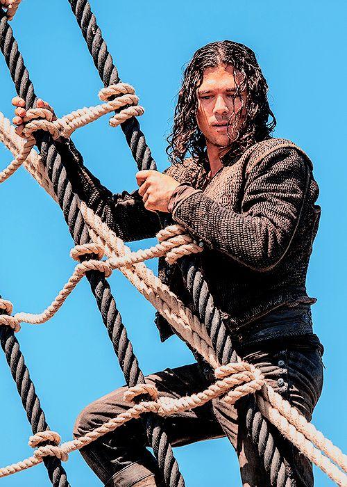 John Silver - Luke Arnold in Black Sails Season 2 (TV series).