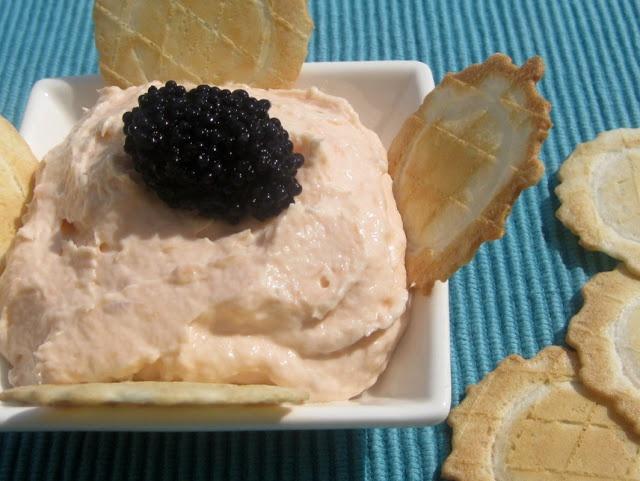 A falta de Lexatín...buenas son tortas: Paté de salmón ahumado