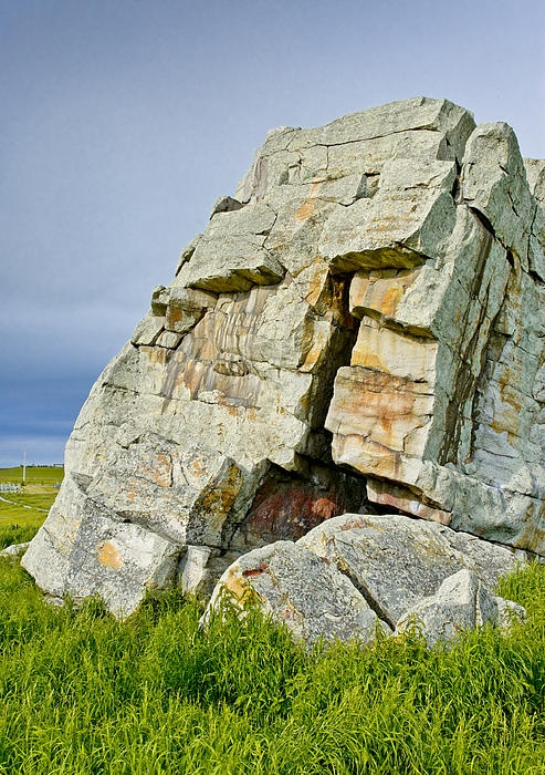 Okotoks Erratic Rock, Alberta Canada | Stock Photography by outNbout
