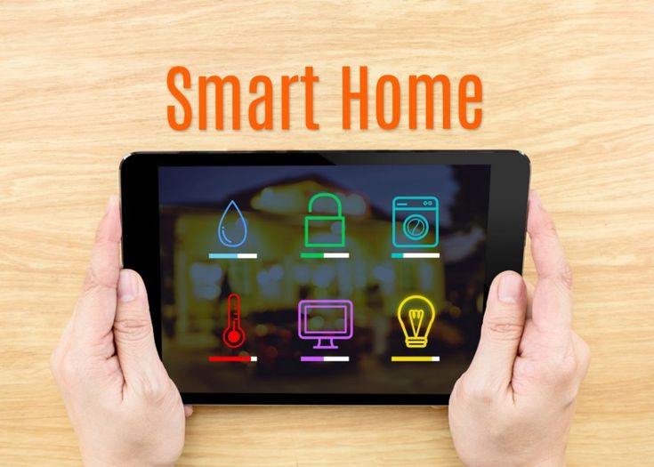 Het begon allemaal met de intrede van de PC in de jaren zeventig, internet in de jaren negentig en wifi rond 2000. Inmiddels is het Smart Home een integraal concept dat binnen woonhuizen allerlei slimme apparaten aan elkaar koppelt en daar een bepaalde vorm van intelligentie aan toevoegt.