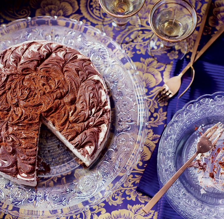 This extravagant Baileys and chocolate cheesecake recipe is best made the day before serving. It makes the perfect special occasion dessert.