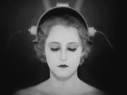 Fotos Animadas de Cine Clásico como estos geniales Gifs de Metropolis.
