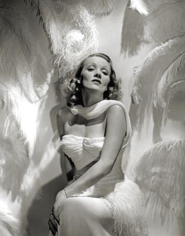 George Hurrell - Marlene Dietrich (1937)