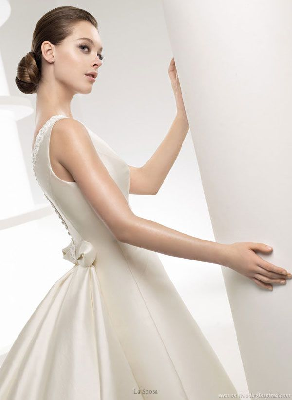 La Sposa 2010 Bridal Gown Collection