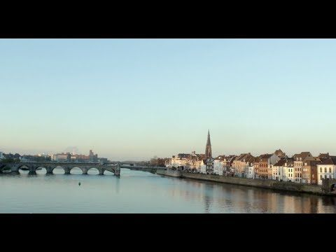 Maastricht University - introduction video for prospective students.  #studyabroad #maastrichtuniversity #travel #europe #exchange #Maastricht