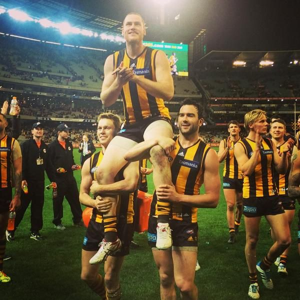 Jarryd Roughead carried off in his 200th game.